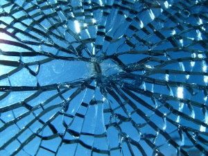 Broken_glass