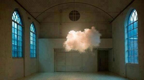 Dutch artist Berndnaut Smilde created a cloud in a room.